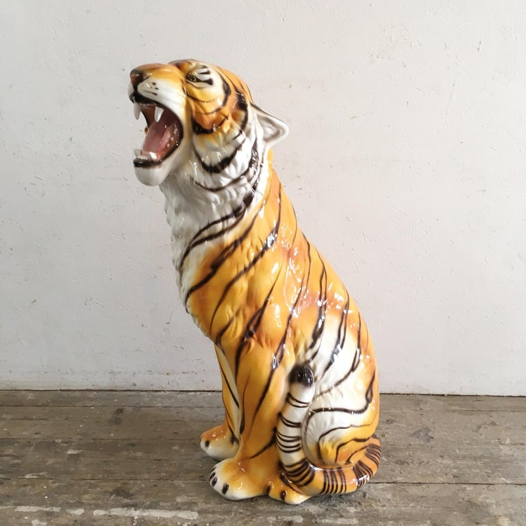 Large Mid Century Ceramic Tiger In Good Condition For Sale In Hastings, GB