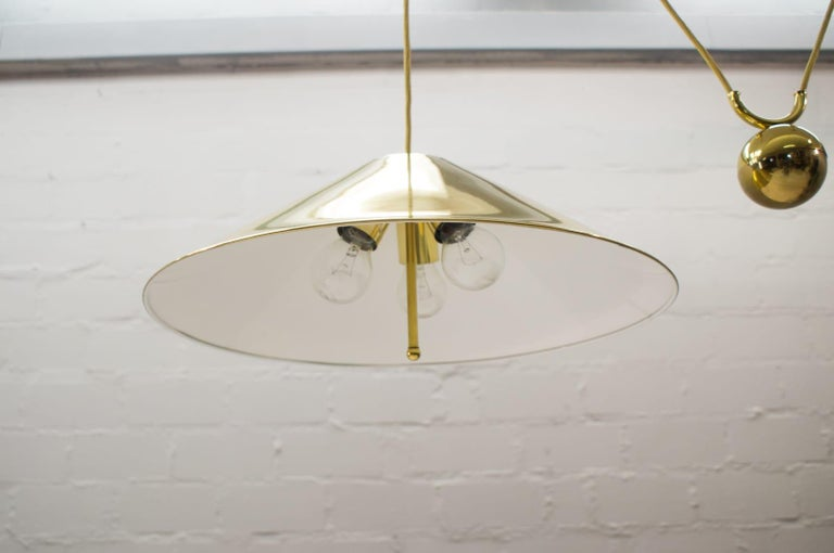Mid-Century Modern Large Midcentury Counterweight Brass Pendant Lamp, Germany, 1970s For Sale
