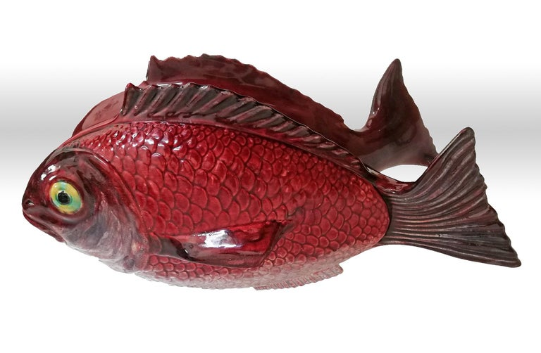 20th Century Large Midcentury Majolica Red Fish Pottery Ceramic Tureen Box, Portugal, 1950s For Sale