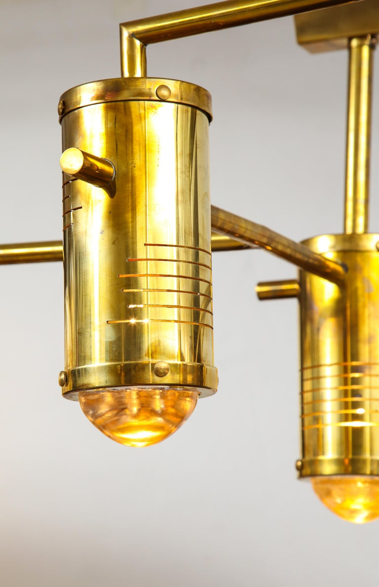 Large Mid-Century Modern Brass Chandelier, circa 1970, Italy In Good Condition For Sale In New York, NY