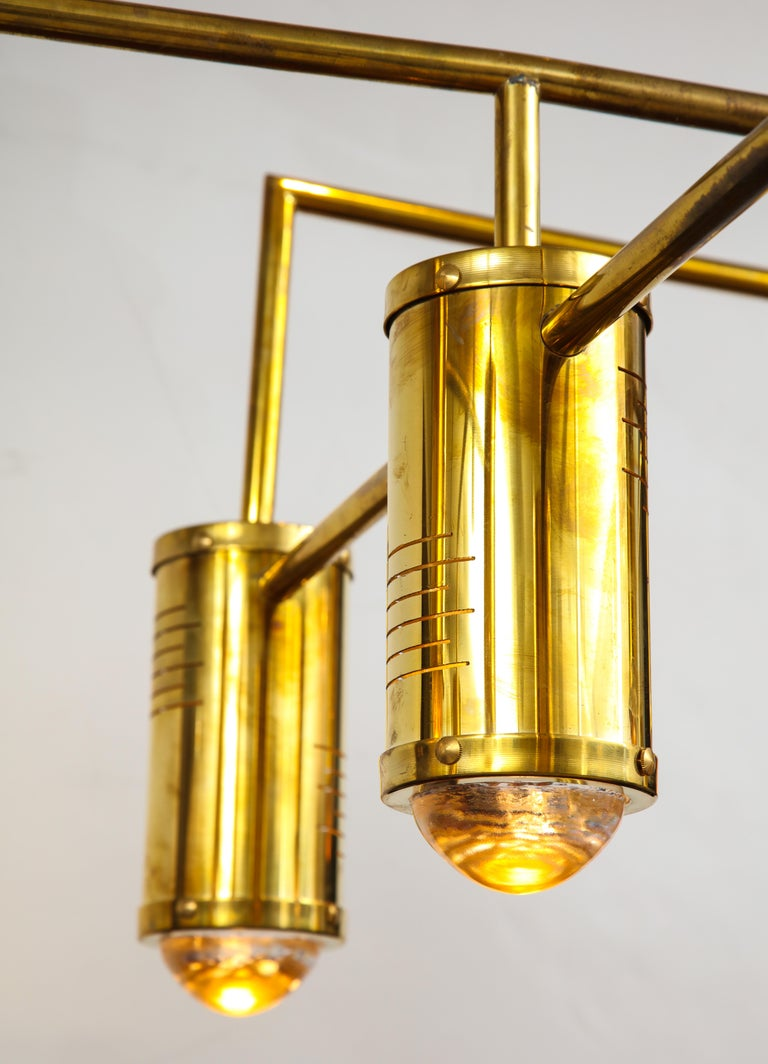 Large Mid-Century Modern Brass Chandelier, circa 1970, Italy For Sale 1