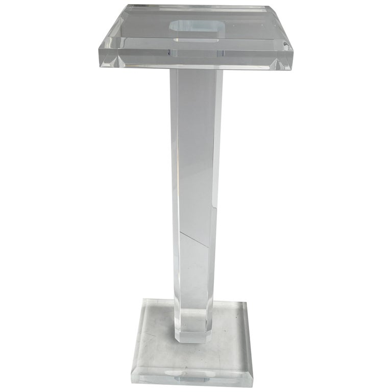 Large Mid-Century Modern Pedestal Table in Thick Lucite For Sale