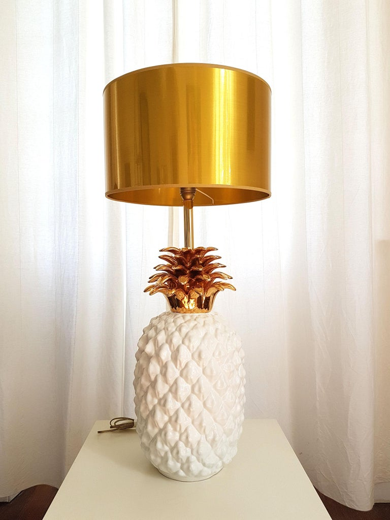 Large Mid-Century Modern Single Ceramic Pinapple Lamp, by Maison Lancel, Paris For Sale 6