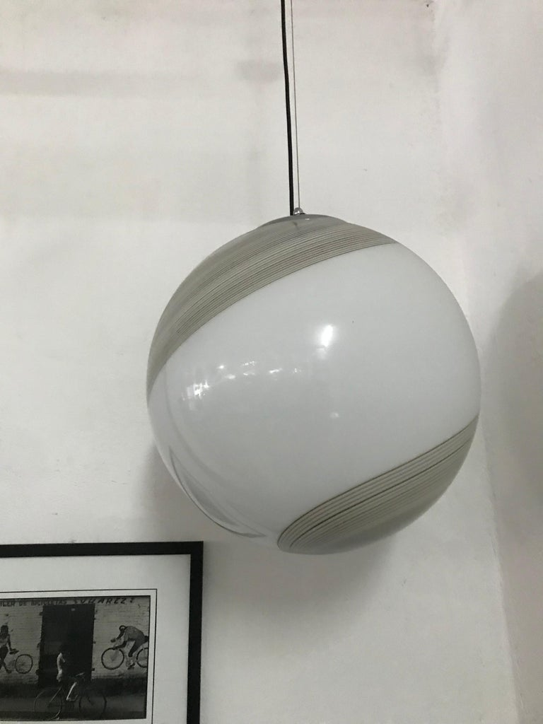 Large Mid-Century Modern Sphere Chandelier in Murano Glass by Venini, circa 1970 For Sale 6