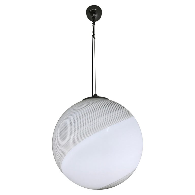 Large Mid-Century Modern Sphere Chandelier in Murano Glass by Venini, circa 1970 For Sale