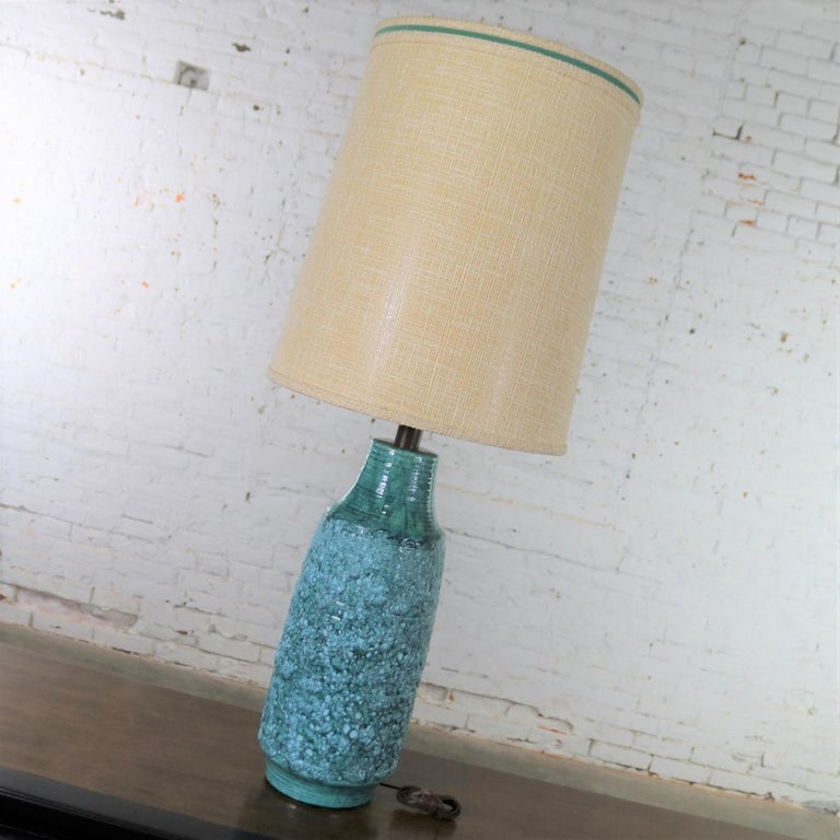 Metal Large Mid-Century Modern Turquoise Lava Glaze Ceramic Table Lamp after Fantoni For Sale