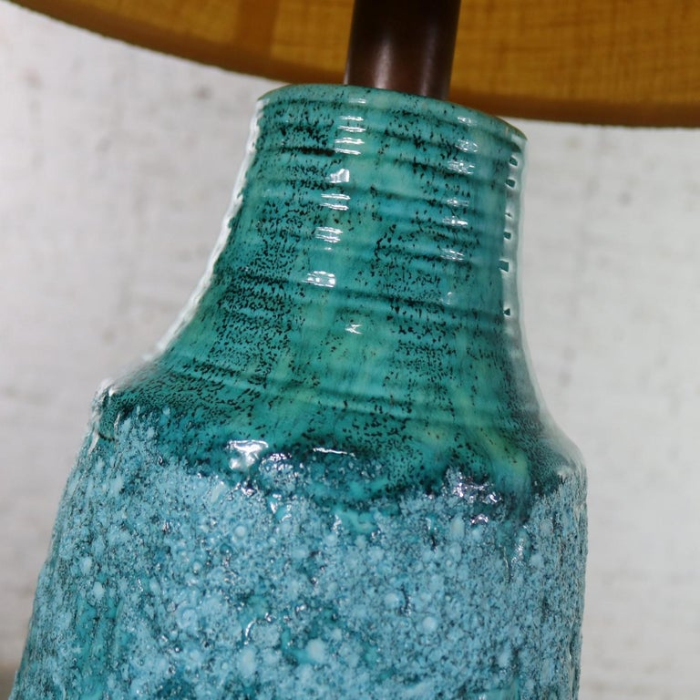 Large Mid-Century Modern Turquoise Lava Glaze Ceramic Table Lamp after Fantoni For Sale 3