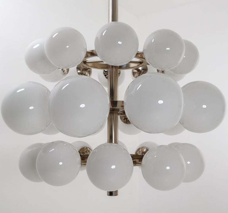 European Large Mid-Century Modernist Chandelier with 30 Hand Blown Opaline Glass Globes For Sale