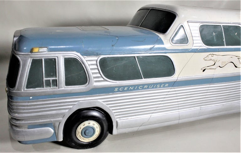 Large Mid-Century Plaster 'Scenicruiser' Greyhound Bus Advertising Display Model For Sale 3