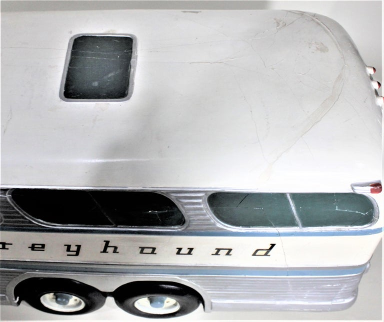 Large Mid-Century Plaster 'Scenicruiser' Greyhound Bus Advertising Display Model For Sale 7