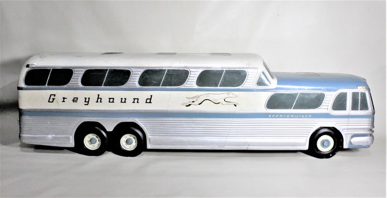 Large Mid-Century Plaster 'Scenicruiser' Greyhound Bus Advertising Display Model In Distressed Condition For Sale In Hamilton, Ontario