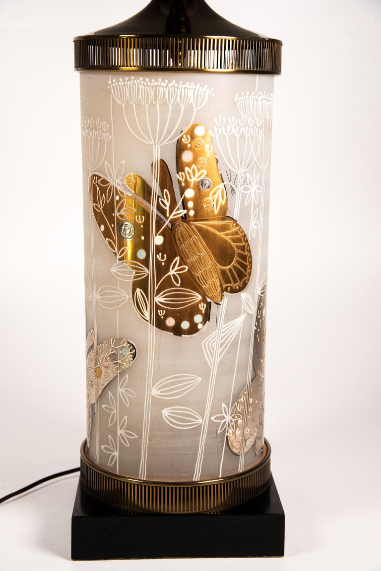 Large Mid-Century Table Lamp Satin Glass with Hand-Painted Butterflies In Excellent Condition For Sale In Lambertville, NJ