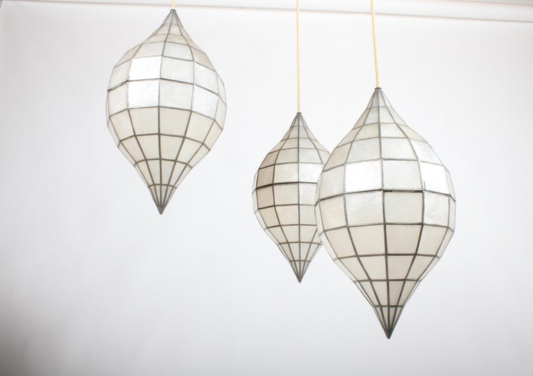 Large Mid-Century Three-Arm Tiered Capiz Shell Teardrop Chandelier For Sale 2