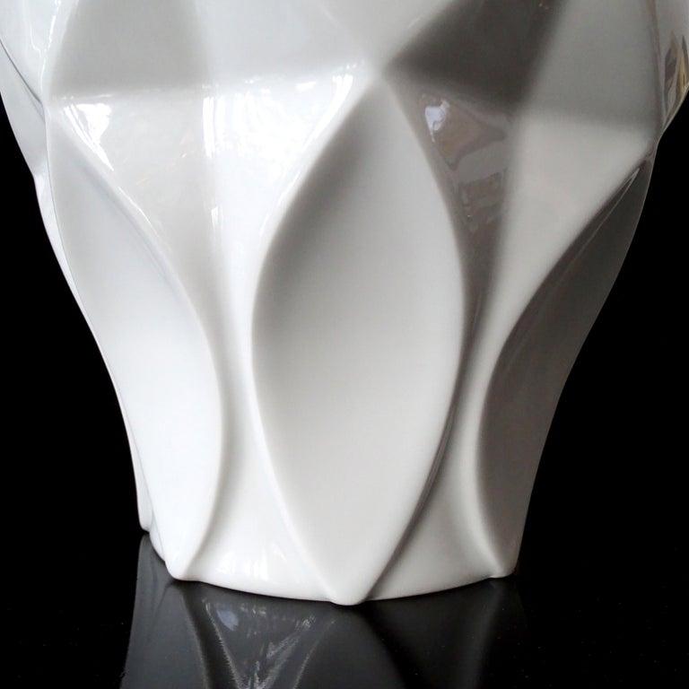 Large Midcentury Bavarian Architectonic Vase with Extruded Losange Pattern For Sale 4