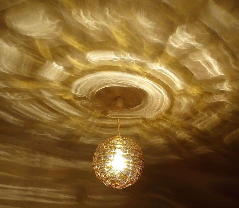 Large Midcentury Doria Murano Honeydrip Glass Globe Brass Pendant Chandelier For Sale 4