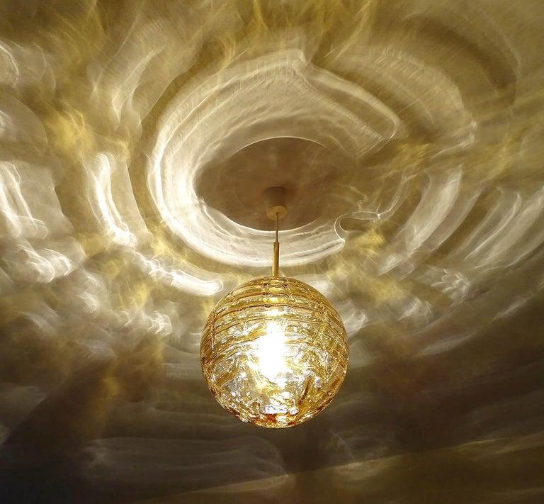Late 20th Century Large Midcentury Doria Murano Honeydrip Glass Globe Brass Pendant Chandelier For Sale