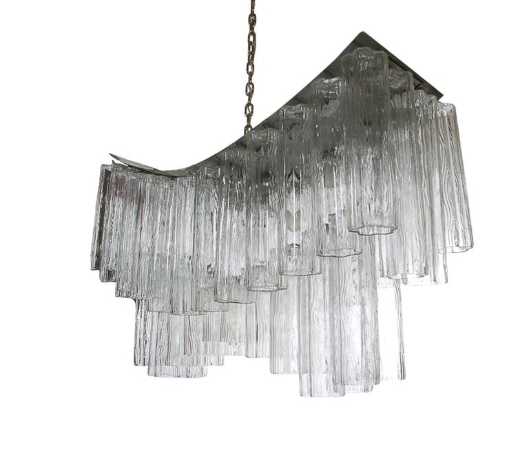Large Midcentury Italian Modern Murano Tronchi Glass Chandelier Whale Tail Form In Good Condition For Sale In Philadelphia, PA