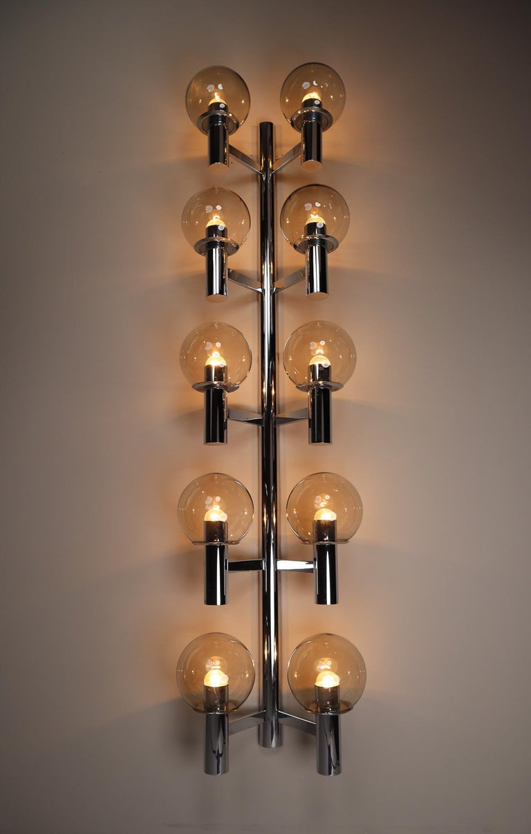 Large Mid-Century Modern Chrome Wall lights / Sculptures, Italy, 1970s For Sale 2