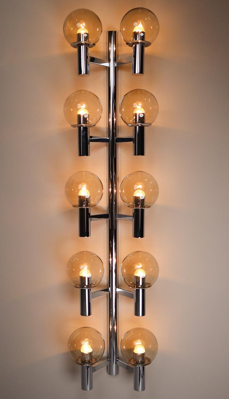 Large Mid-Century Modern Chrome Wall lights / Sculptures, Italy, 1970s For Sale 3