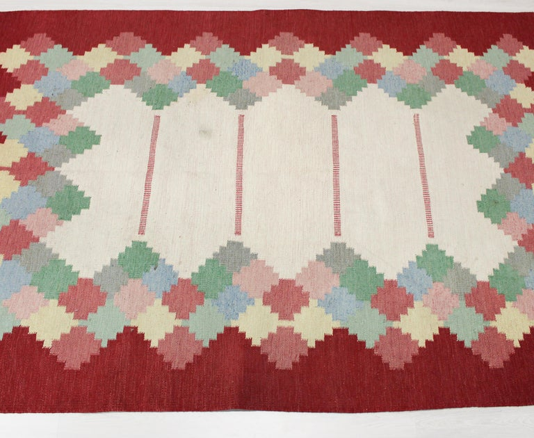 Scandinavian Modern Large Midcentury Swedish Flat Weave Carpet, 1950s For Sale