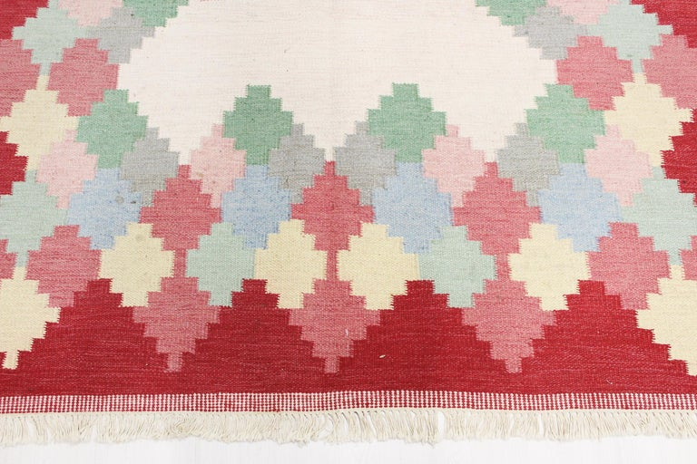 Large Midcentury Swedish Flat Weave Carpet, 1950s In Good Condition For Sale In Malmo, SE