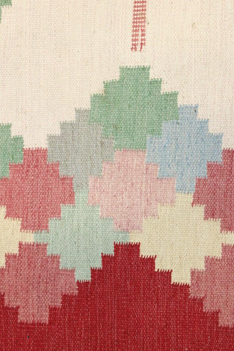 Large Midcentury Swedish Flat Weave Carpet, 1950s For Sale 1