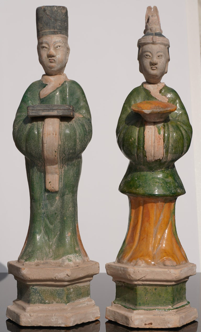 Large Ming Dynasty Terracotta Tomb Procession Attendees In Excellent Condition For Sale In Dallas, TX