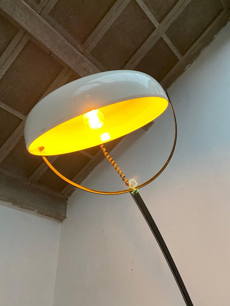 Large Minimal Design Cantilevered Floorlamp by Reggiani Italy 1960s Original In Fair Condition In bergen op zoom, NL