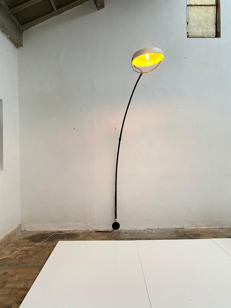 Mid-20th Century Large Minimal Design Cantilevered Floorlamp by Reggiani Italy 1960s Original