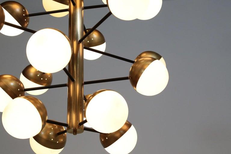 Large Modern Chandelier with 20 Lights, Italian Stilnovo Style For Sale 3