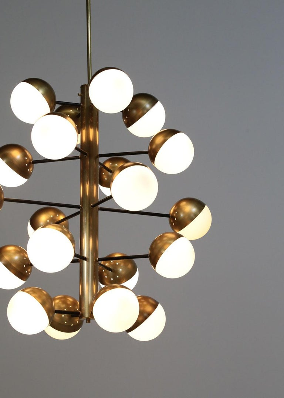 Large Modern Chandelier with 20 Lights, Italian Stilnovo Style For Sale 1
