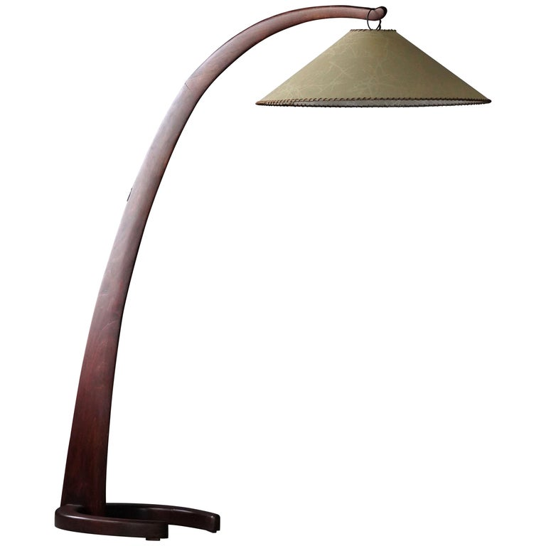 Large Modernist Curved Floor Lamp, Walnut, Brass, Paper, Italy, 1940s For Sale