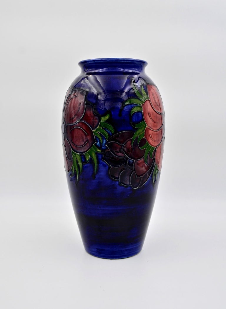 Glazed Large Moorcroft Art Pottery Vase in the Anemone Pattern, Made in England For Sale