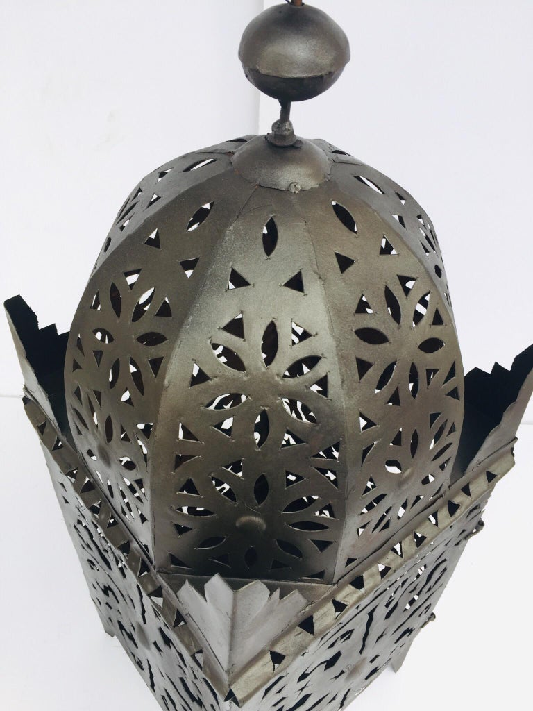 Large Moroccan Hurricane Metal Candle Lantern In Good Condition For Sale In Los Angeles, CA