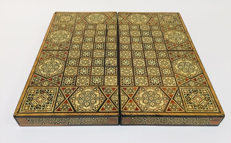 Large Mosaic Syrian Backgammon and Chess Wooden Inlaid Marquetry Box Game For Sale 6