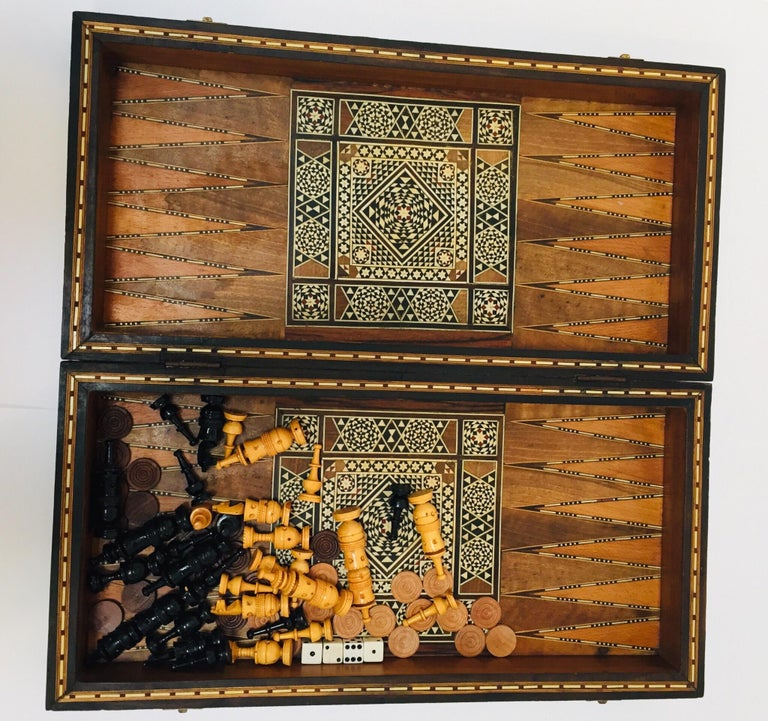 Large Mosaic Syrian Backgammon and Chess Wooden Inlaid Marquetry Box Game For Sale 11