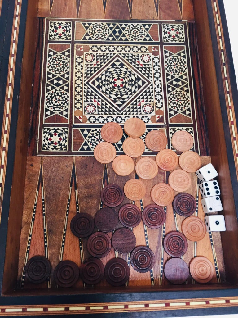 Large Mosaic Syrian Backgammon and Chess Wooden Inlaid Marquetry Box Game For Sale 14
