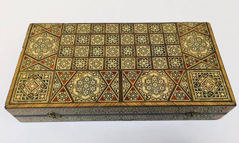Large Mosaic Syrian Backgammon and Chess Wooden Inlaid Marquetry Box Game In Fair Condition For Sale In Los Angeles, CA