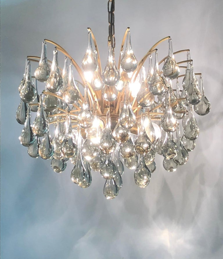 Hollywood Regency Large Murano Glass and Brass Chandelier by Ernst Palme, circa 1970s For Sale