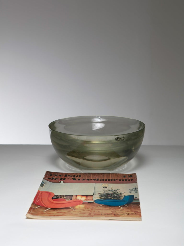 Italian Large Murano Glass Bowl by Seguso For Sale