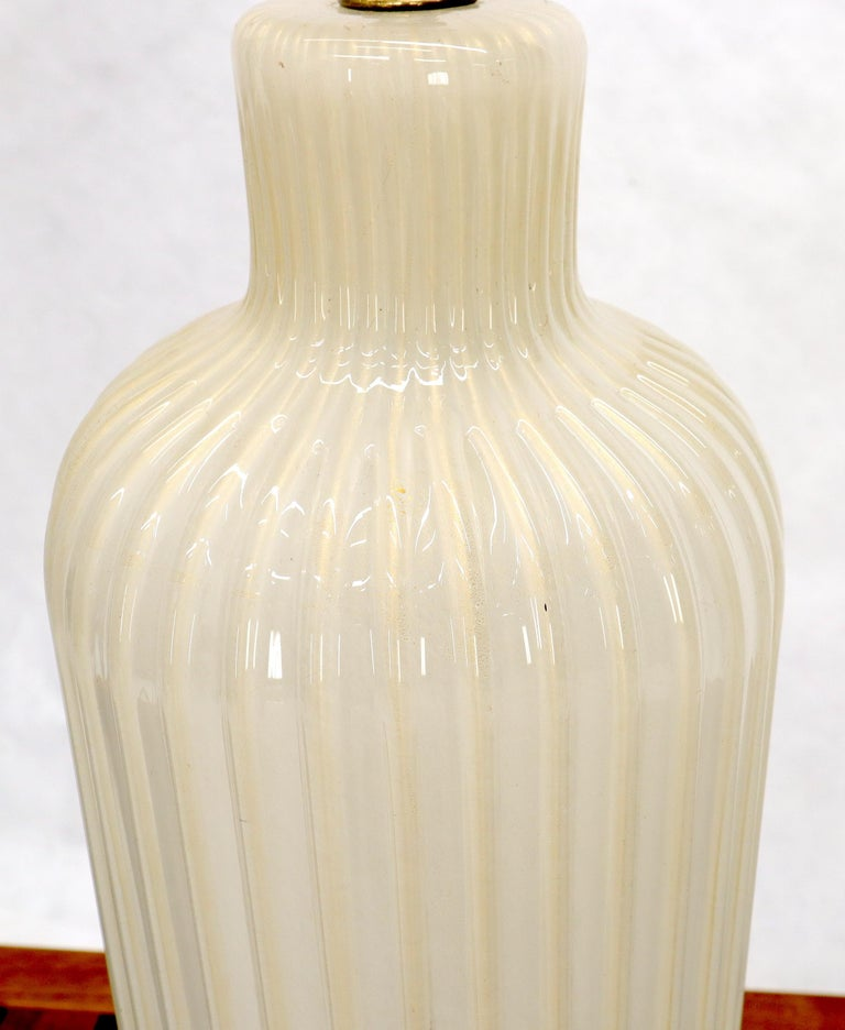 Mid-Century Modern Large Murano Glass Carved Wood Scallop Base Table Lamp For Sale