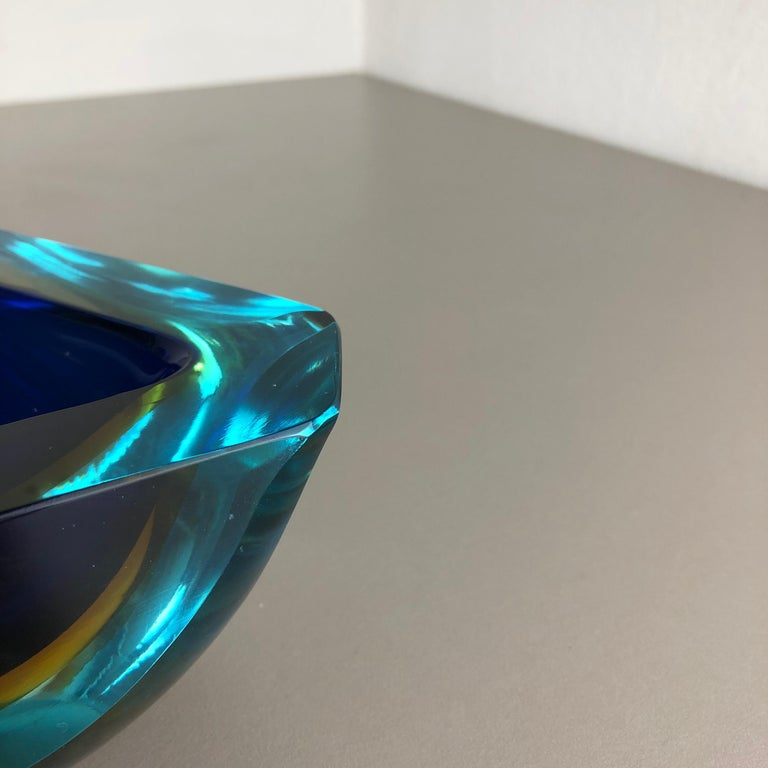 Large Murano Glass Faceted Sommerso Bowl Element Ashtray, Murano, Italy, 1970s For Sale 8
