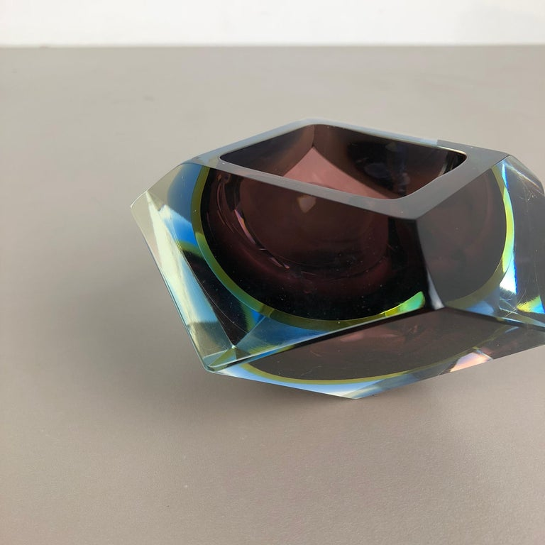 Large Murano Glass Sommerso Bowl Ashtray Element by Flavio Poli, Italy, 1970s For Sale 1