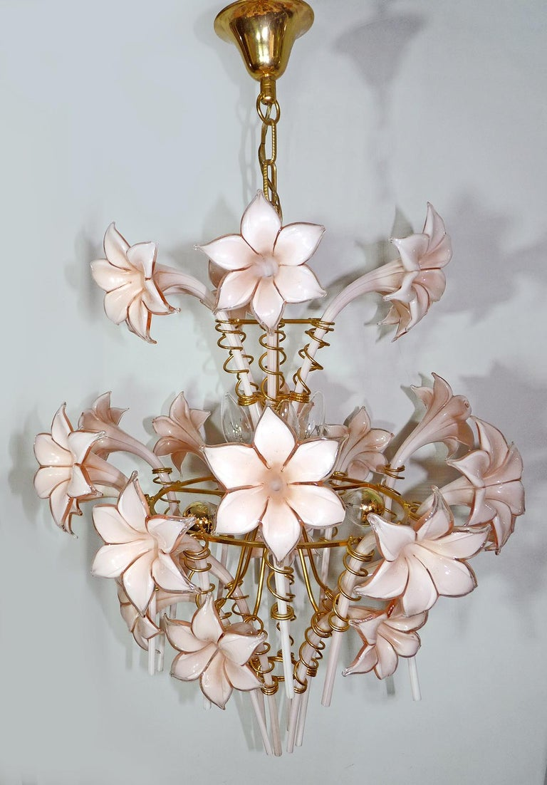 Mid-Century Modern Large Murano Pink Lilly Sculptural Chandelier Franco Luce Art Glass & Gilt Brass For Sale