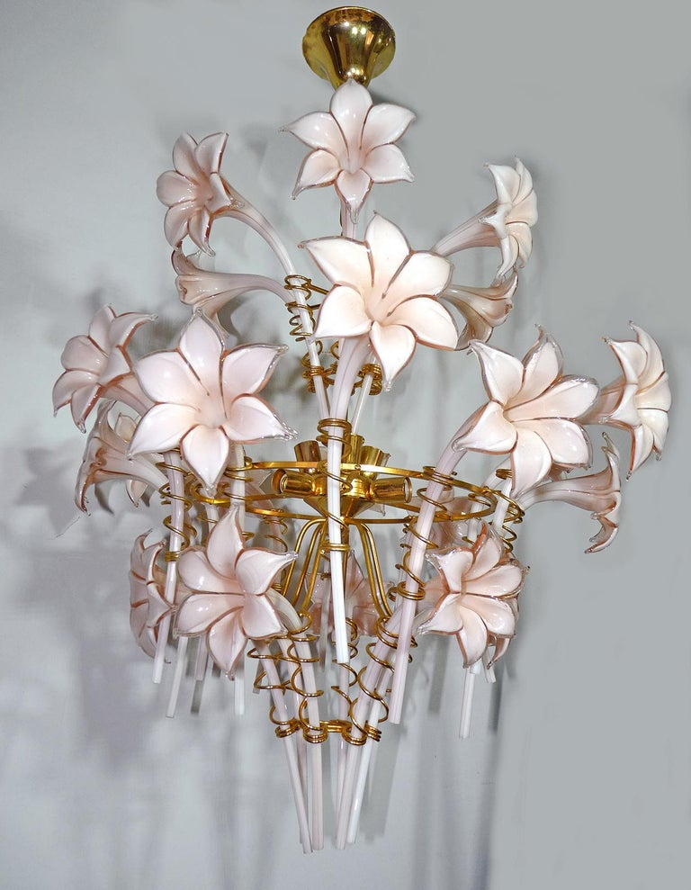 Italian Large Murano Pink Lilly Sculptural Chandelier Franco Luce Art Glass & Gilt Brass For Sale