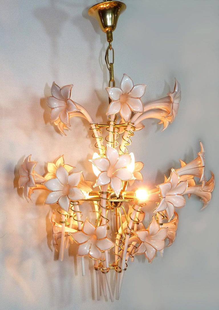 Gold Plate Large Murano Pink Lilly Sculptural Chandelier Franco Luce Art Glass & Gilt Brass For Sale