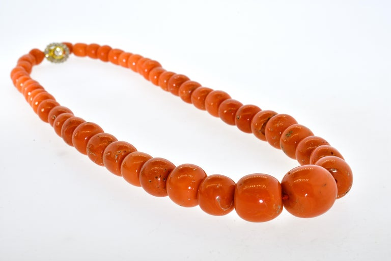 Large Natural Coral and Diamond Antique Necklace, circa 1910-1920 In Excellent Condition For Sale In Aspen, CO