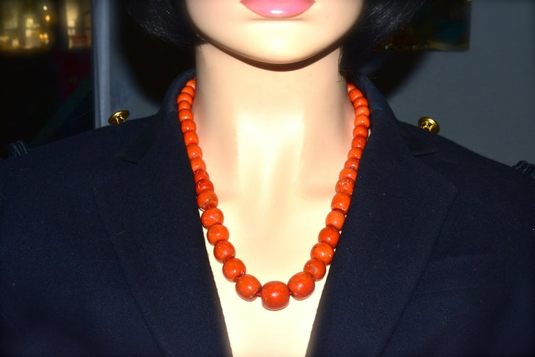 Large Natural Coral and Diamond Antique Necklace, circa 1910-1920 For Sale 3