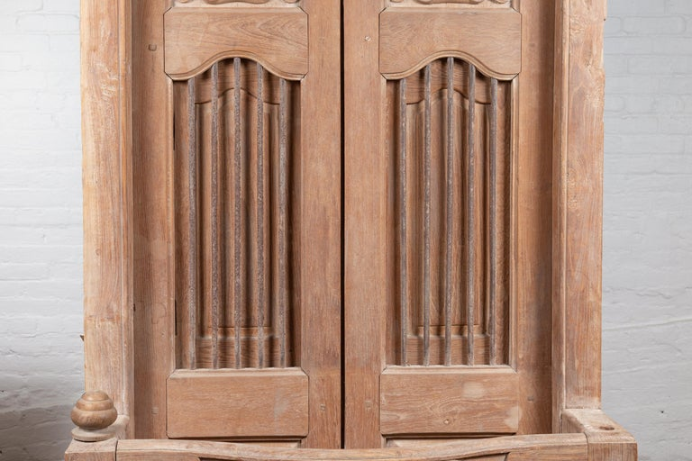 20th Century Large Natural Wood Window Balcony with Hand Carved Foliage Motifs and Bonnet Top For Sale