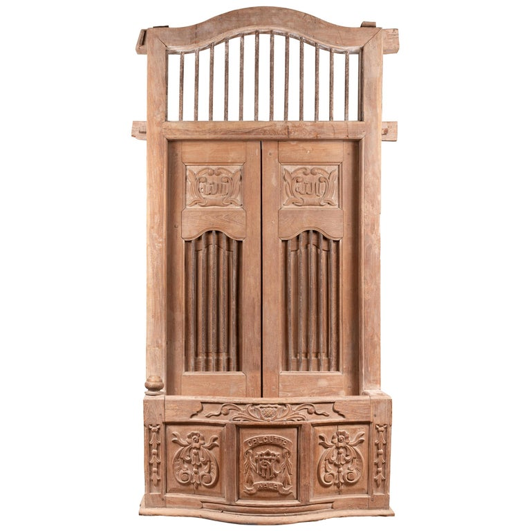 Large Natural Wood Window Balcony with Hand Carved Foliage Motifs and Bonnet Top For Sale